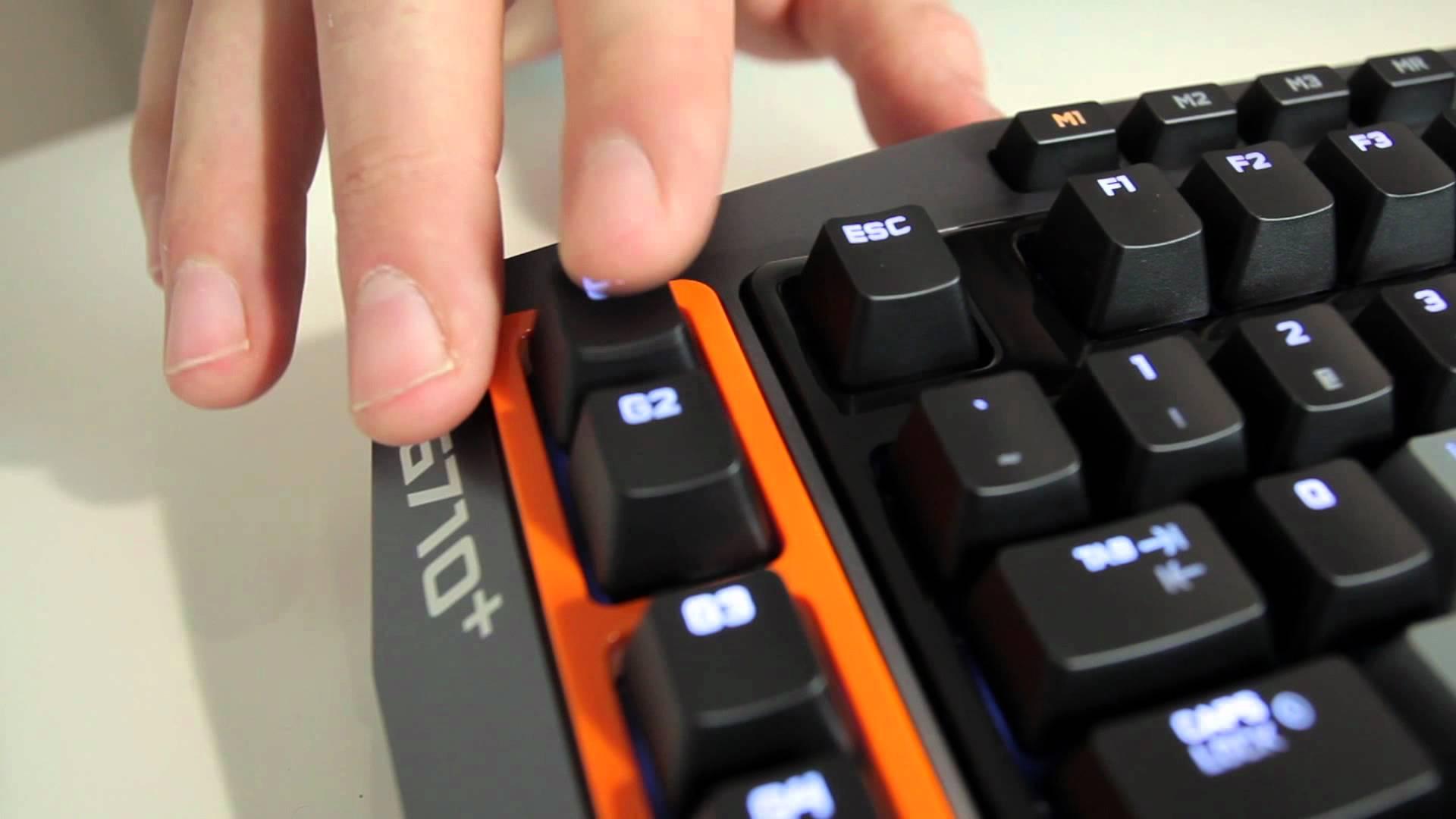 Logitech Lanseaza G710+ Backlit Gaming Keyboard