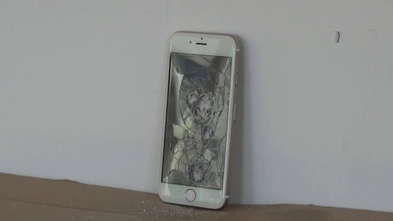 Iphone 6 test cu arma de AirSoft